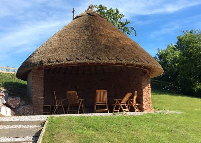 CE-Keeble-Gallery-build-thatch
